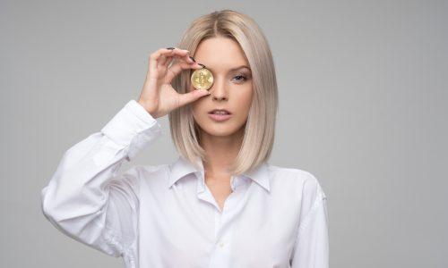 adult-bitcoin-blockchain-1037914