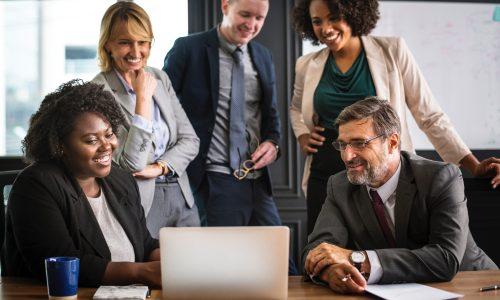 analyzing-brainstorming-business-people-1124062