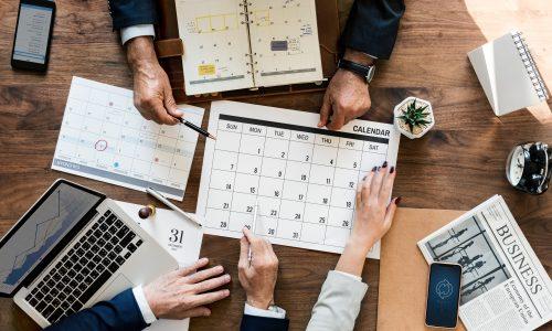business-people-calendar-cellphone-1187439