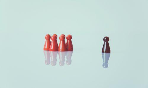 chess-pieces-color-conceptual-1679618
